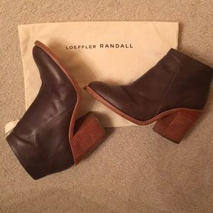 Loeffler Randall taupe/brown leather boots